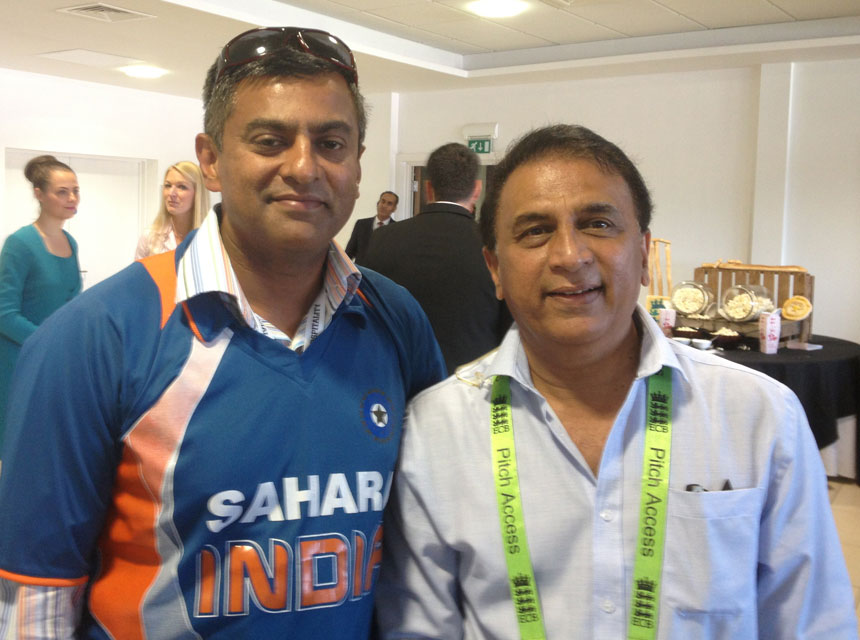Mr Pimpalnerkar with legendary cricketer Sunny Gavaskar